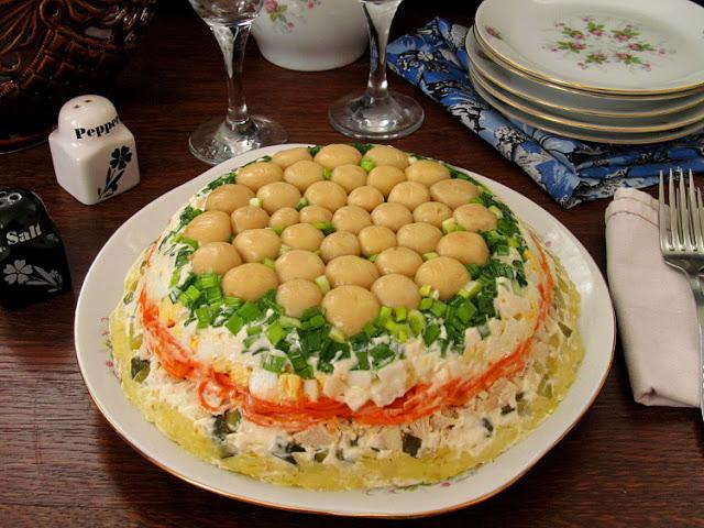 """Интересный салат """"Грибная поляна"""""""