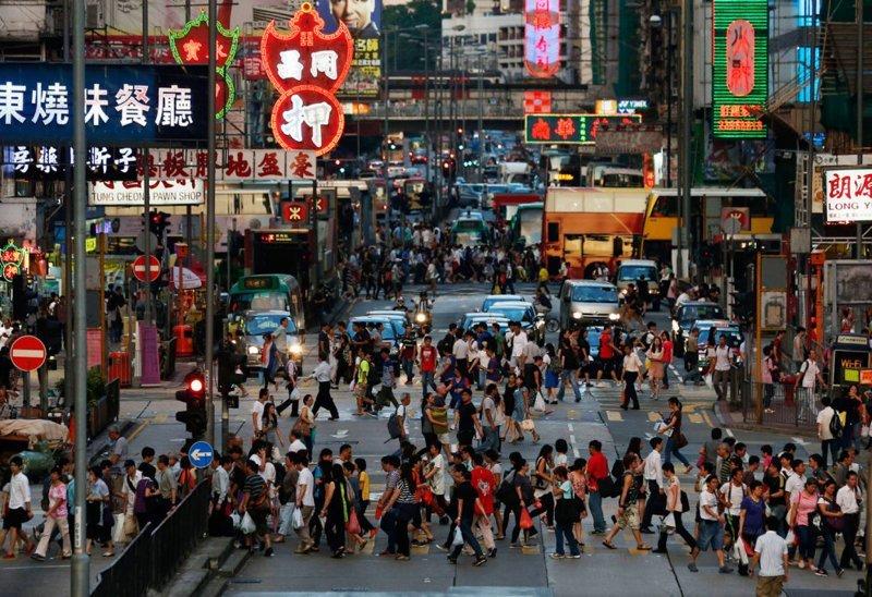 Как выглядит центр Гонконга в час пик? Да вот так, примерно, и выглядит в мире, дорога, езда, люди, пробка