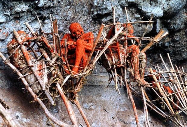 Жуткие копчёные трупы Папуа — Новая Гвинея
