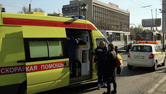 В Петербурге машина сбила двух женщин, устроивших фотосессию на КАД