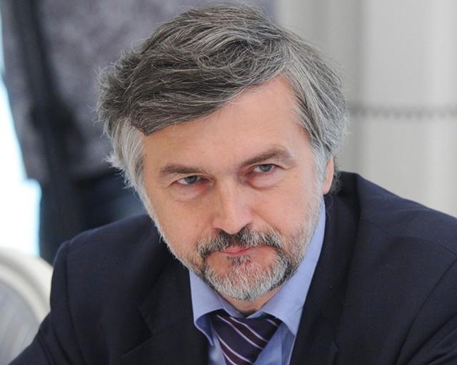 Клепач: все доходы России от дорогой нефти ушли в отток капитала