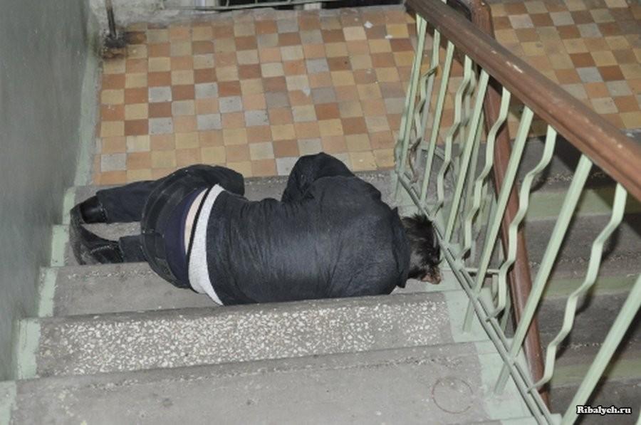 Неравнодушная женщина спасла бездомного мужчину