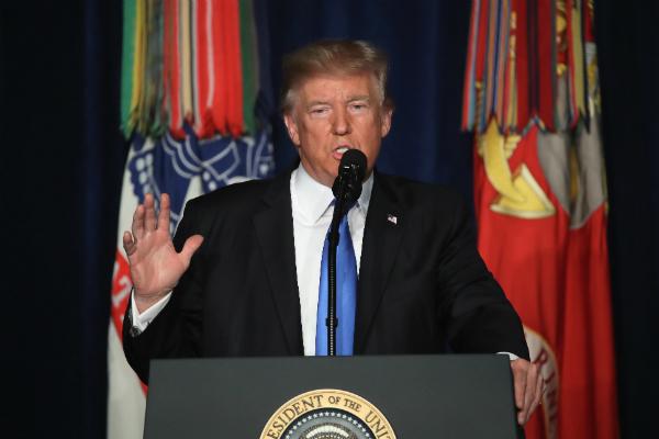 СМИ: Трамп лично уговаривал сенаторов не принимать антироссийские санкции