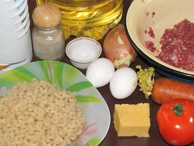 ингредиенты для запеканки. пошаговое фото этапа приготовления запеканки из макарон