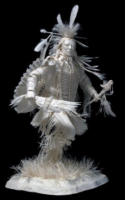 Скульптуры из бумаги.