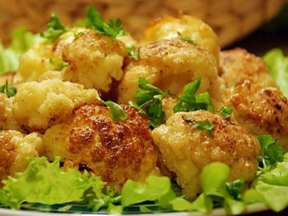 Благодаря этому рецепту запеченной цветной капусты ты станешь королем кухни