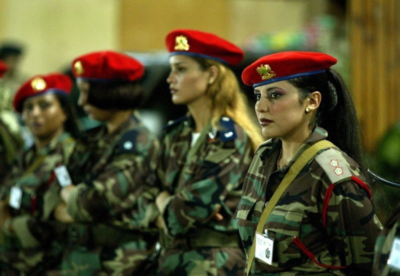 Муаммар Каддафи безопасность, женщина, известные люди, охрана, телохранитель