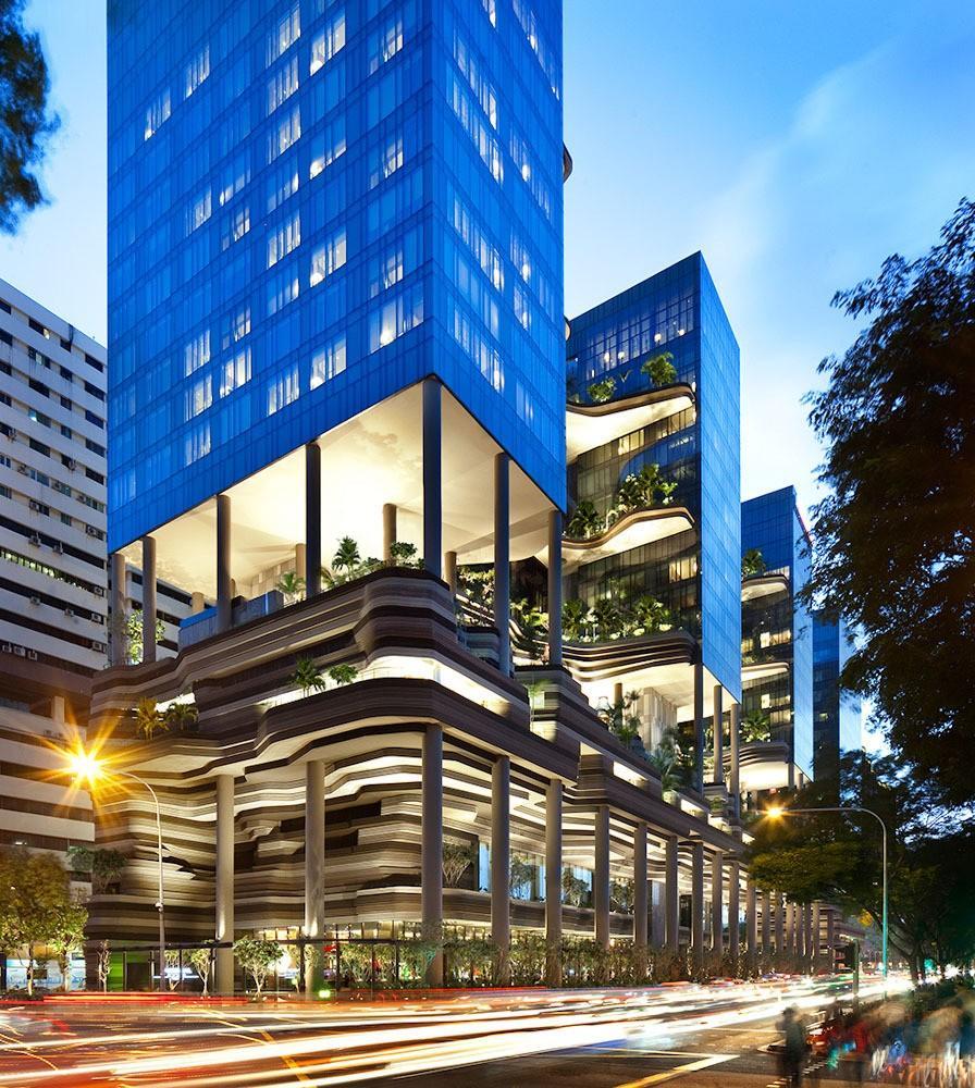 Parkroyal02 Уникальный сад на фасаде отеля в Сингапуре