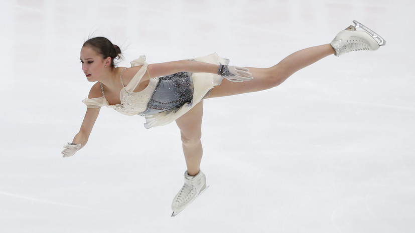 Загитова обновила мировой рекорд в короткой программе на этапе Гран-при в Москве