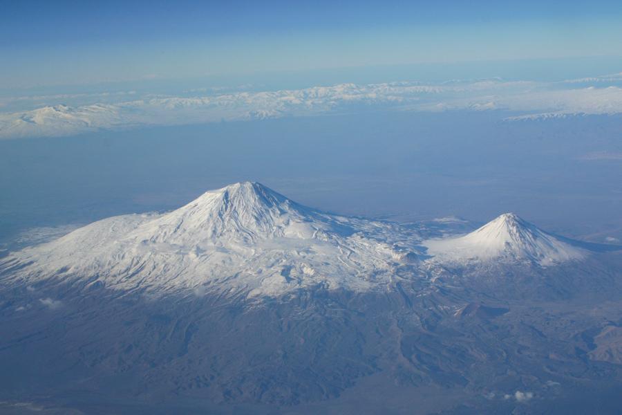 Гора Арарат - пристанище Ноевого ковчега