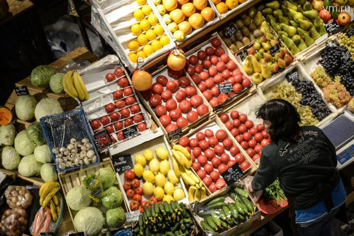 Эксперт рассказал, почему жители России тратят на продукты питания треть доходов