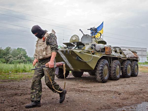 Украинские военные массово переходят на сторону ополченцев
