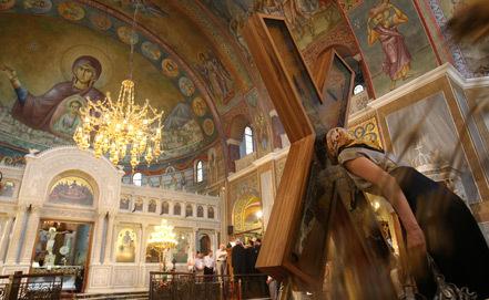 Крест апостола Андрея будет пребывать в России до 25 июля