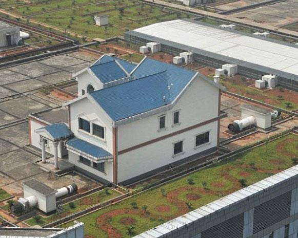 Жилые дома возвели на крыше торгового комплекса
