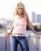 Тара Рид (Tara Reid) в фотосессии для журнала Razor (сентябрь 2003)
