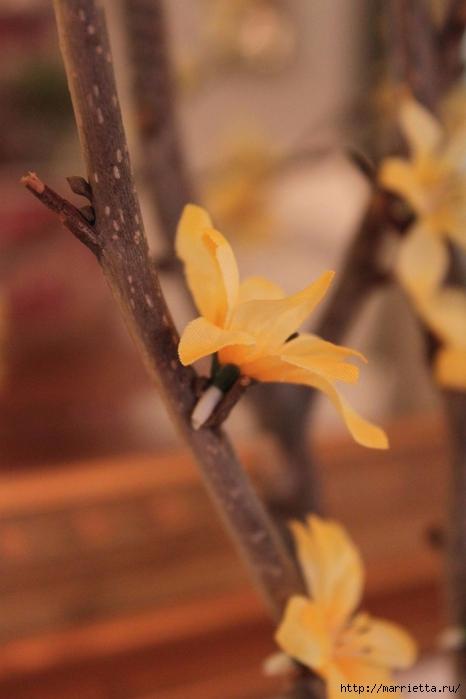 Живые веточки из искусственных цветов для украшения интерьера (1) (466x700, 187Kb)