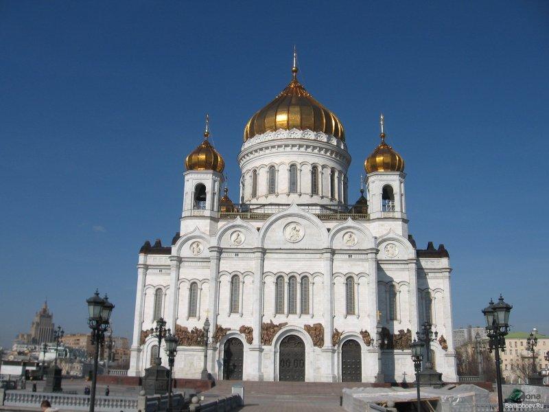 Чем отличается Католическая Церковь от Православной? Основное отличие католицизма от православия