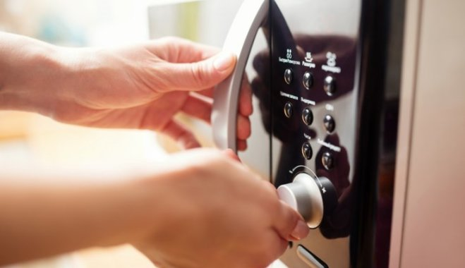 17 необычных способов применения микроволновой печи