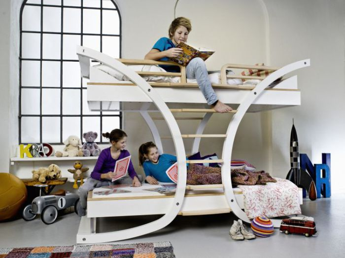 Современный дизайн кровати от Mimondo.