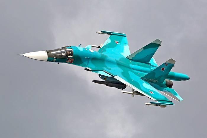 Истребитель-бомбардировщик Су-34. Инфографика