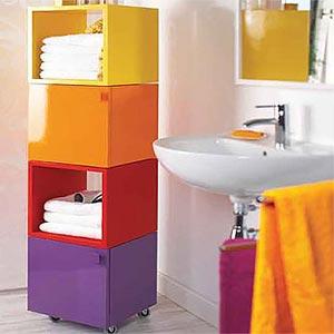 Яркие краски в интерьере ванной комнаты