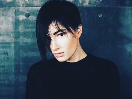 Украинская певица Приходько заявила, что на Донбассе ее дважды хотели похитить и вывезти на территорию России
