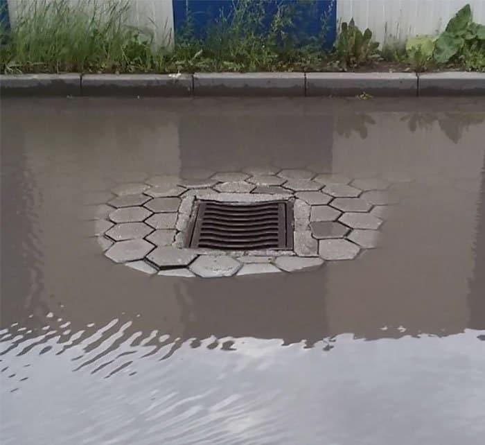 Если вы почувствуете себя бесполезным, вспомните этот водосток Предназначение, бессмыслица, вещь, идея, мир, подборка, фото