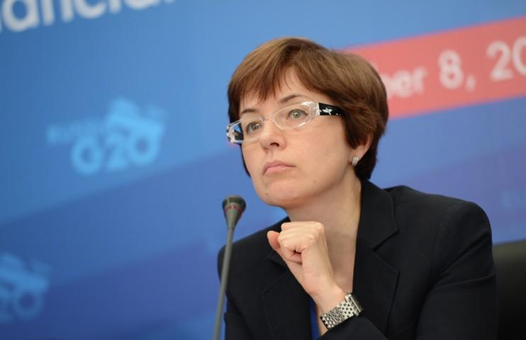Юдаева: пока преждевременно обозначать сроки начала отложенных покупок валюты