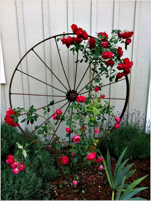 Опора для садовых цветов своими руками