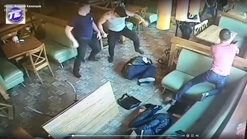 Бойня в Екатеринбурге. Банда днем забивает посетителей пиццерии