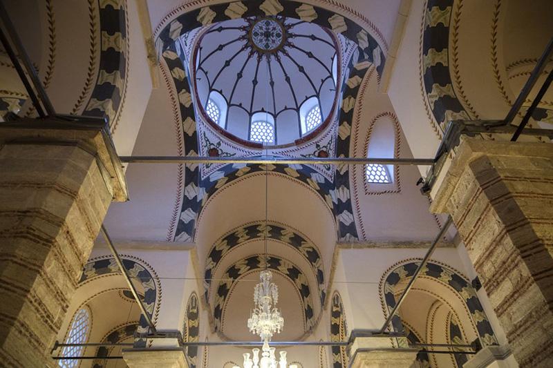 Древний монастырь - второй по величине после Айя-Софии