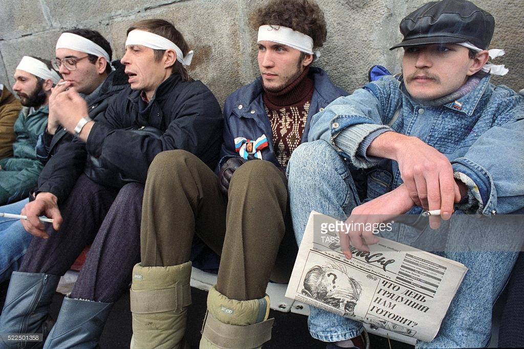 Как жили люди в последние годы СССР (фото).