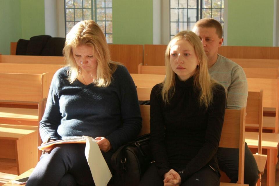 """Мать погибшего Артема Ткаченко: """"Он еще был в сознании, тянул ручки, кричал: """"Мама!"""""""