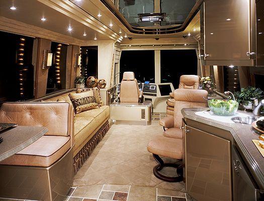 Самые роскошные дома на колесах