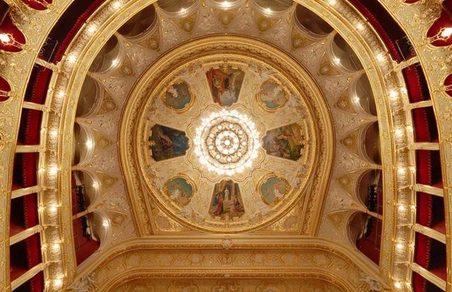 Ceiling_Odessa_opera_theater