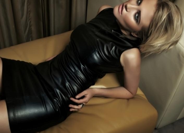Платье из кожи — смелое, но модное решение