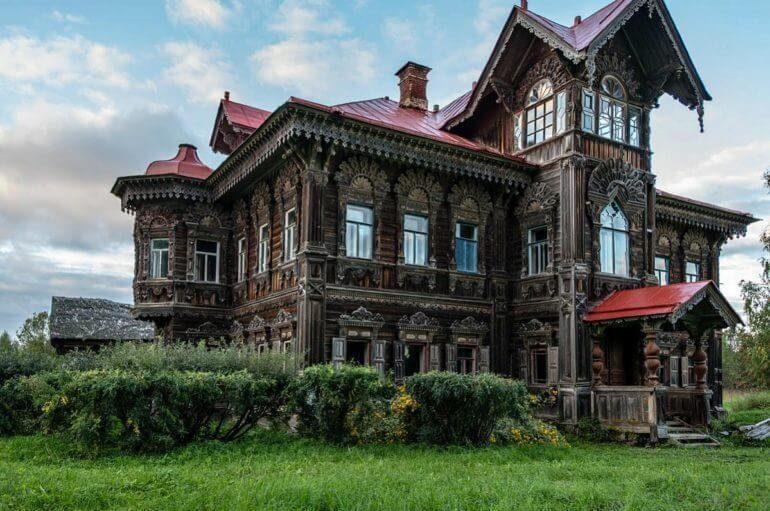 Невероятная красота! Уникальный древнерусский дом в покинутой деревне