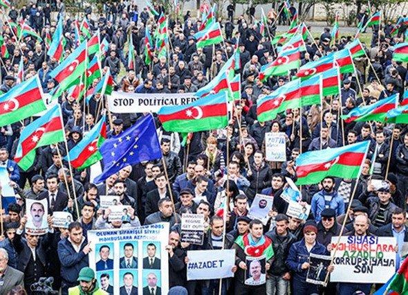 """О """"майдане"""" в Азербайджане: """"Алиев - это не Янукович"""""""