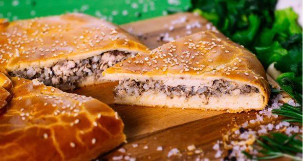 Рыбный пирог из сайры: простые и вкусные рецепты
