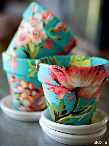 Декорирование цветочных горшков тканью.