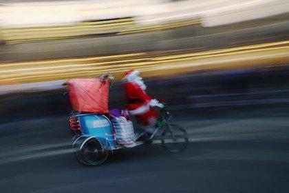 Существование Деда Мороза доказали с помощью теории относительности
