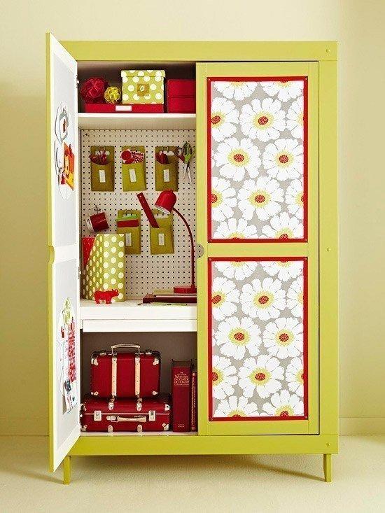Декорируем шкафы обоями