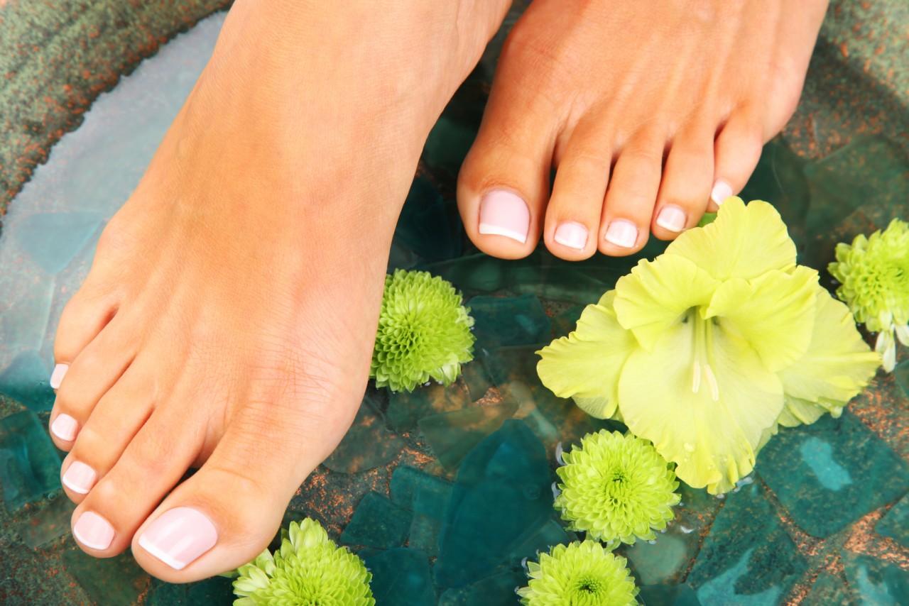 Смягчить ступни ног в домашних условиях