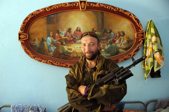 Ополченцы: Врачи ему три месяца жизни отвели. И он рванул в Донбасс, чтоб не на койке, а в бою умереть