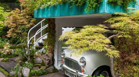 Сад на гараже