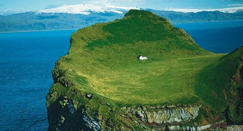 Тайна самого одинокого дома в Исландии