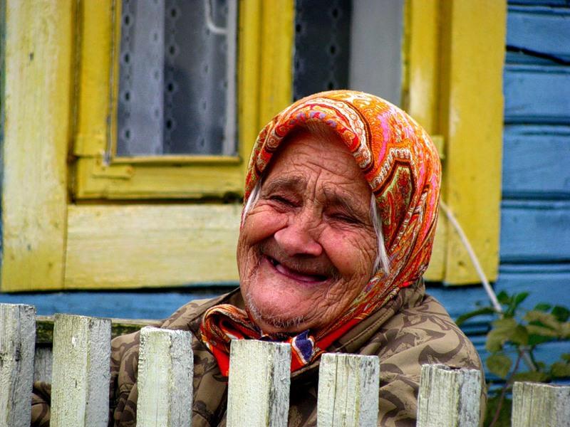 Врач был в шоке, когда эта бабушка сказала ему, что она использует противозачаточные таблетки, чтобы спокойно спать. Но ее ответ — это гениально!