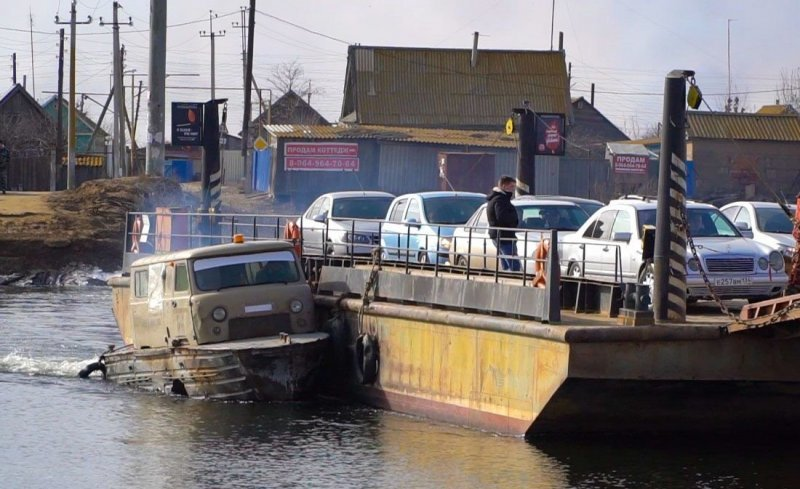"""Знаменитая лодка с кузовом от """"Буханки"""" из Астраханской области"""