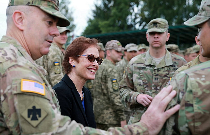 Что происходит вообще? - Посол США в Харькове просто-напросто дала отмашку на этническую чистку!