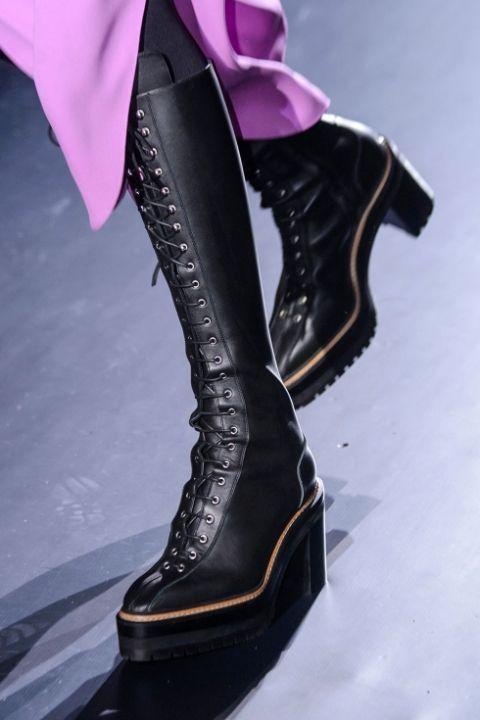 Высокие ботинки со шнуровкой от Hermes